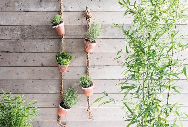 DIY: Wandhanger met kruidenplantjes