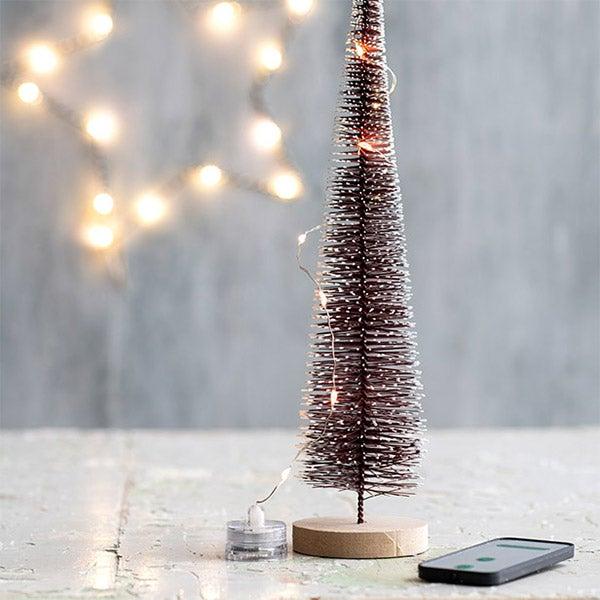 DIY Mini kerstdorp, stap 1: Bomen en lampjes
