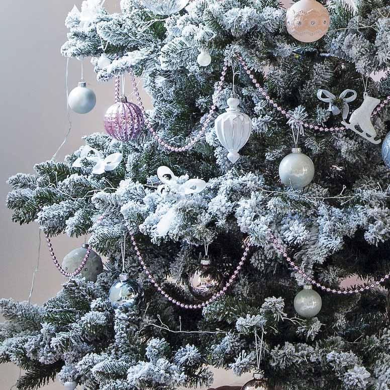 Kerstboom versieren: Witte boom