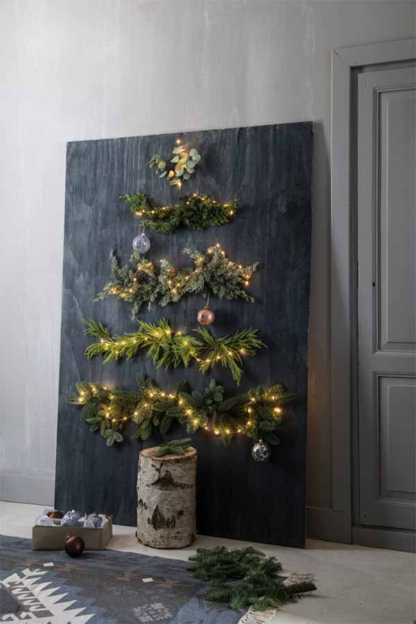 Kerstboom op de muur